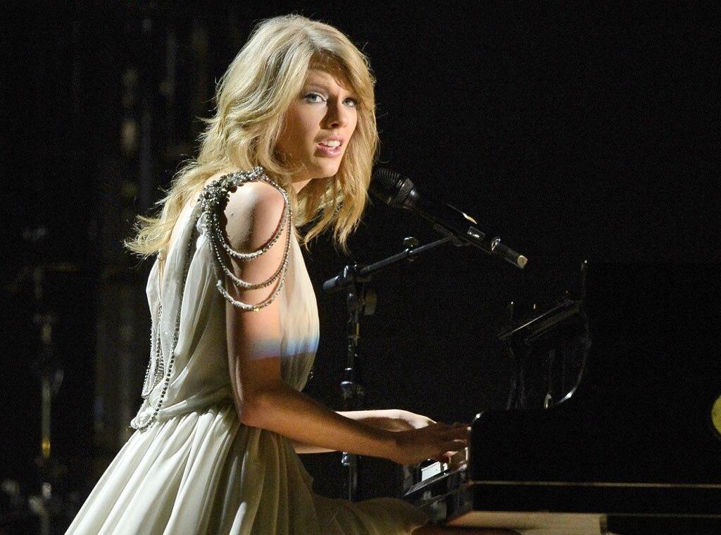 Taylor Swift, Grammy Awards Show