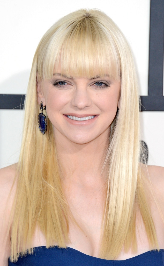 Anna Faris From 2014 Grammys Best Of The Detail Cam E News