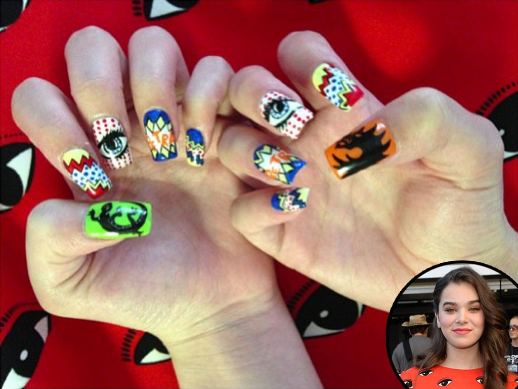 Haille Steinfeld, Nails, Manicure