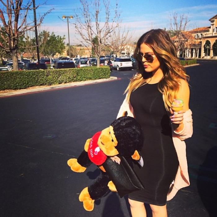 Khloe Kardashian, Instagram