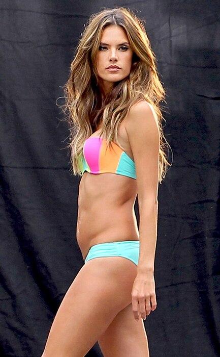 Alessandra Ambrosio, Bikini