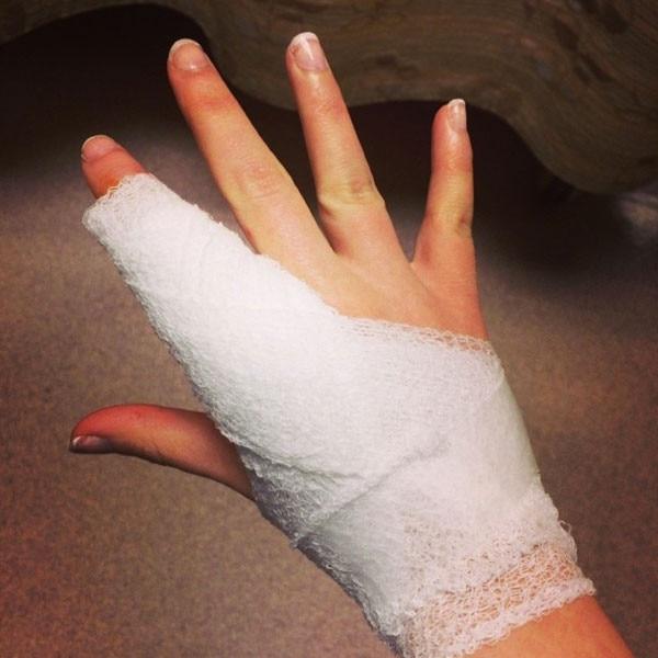 Kat Dennings, Instagram