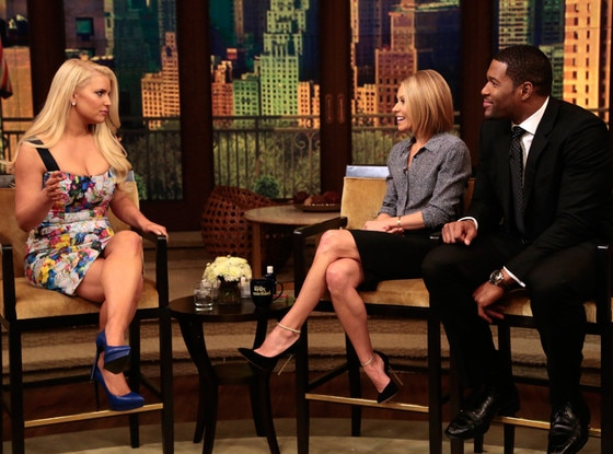 Jessica Simpson, Live! with Kelly and Michael