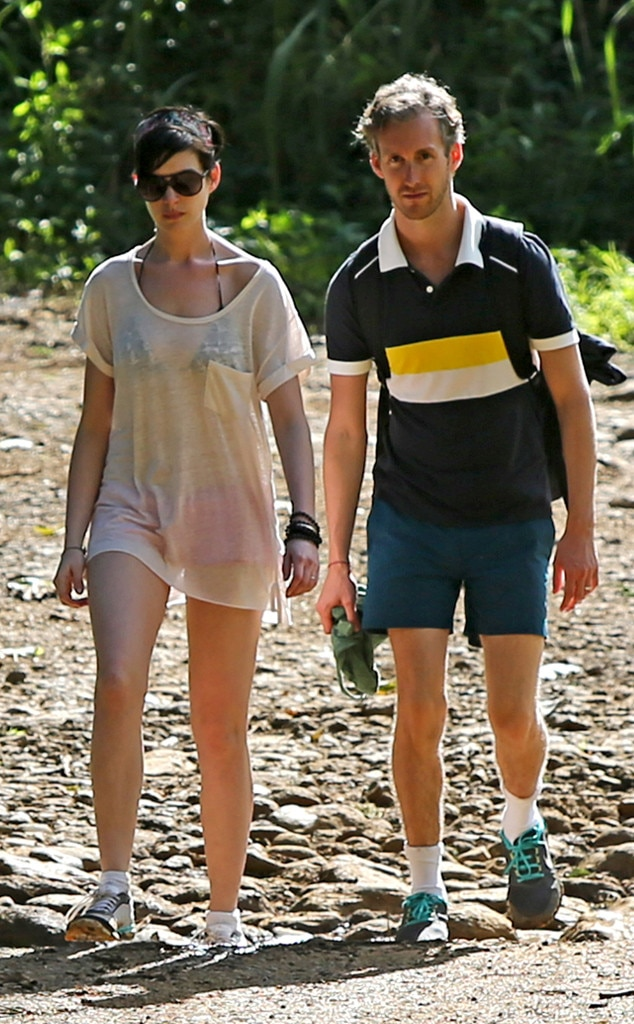 Anne Hathaway, Adam Shulman, Couple Workout