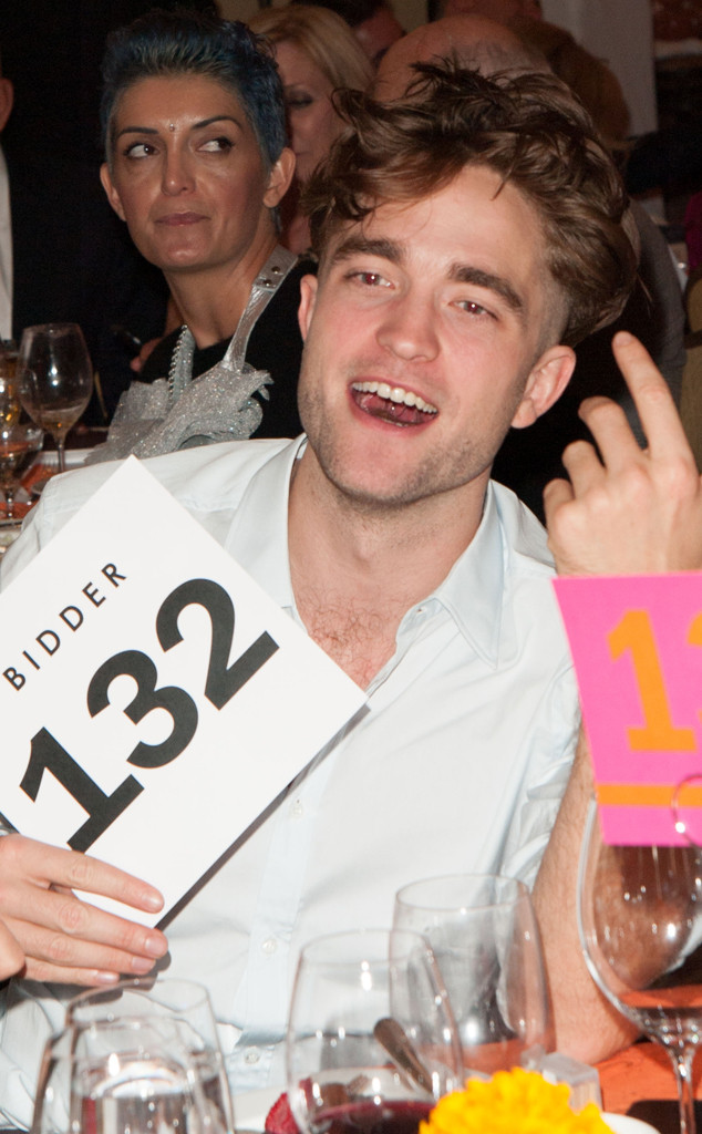 robert pattinson and his crazy new 39 do bid 6 000 at charity auction get the scoop e news. Black Bedroom Furniture Sets. Home Design Ideas
