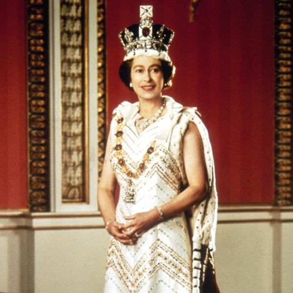 Silver Jubilee From Queen Elizabeth Ii S Life In Pictures