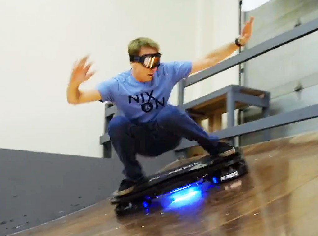 tony hawk rides world 39 s first real hoverboard watch now e news. Black Bedroom Furniture Sets. Home Design Ideas