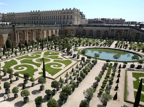 France S Palace Of Versailles Has A Hall With 357 Mirrors And More See The Stunning Pics On The