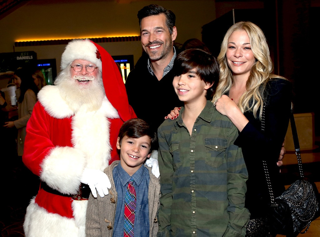 Eddie Cibrian, LeAnn Rimes, Tree Lighting