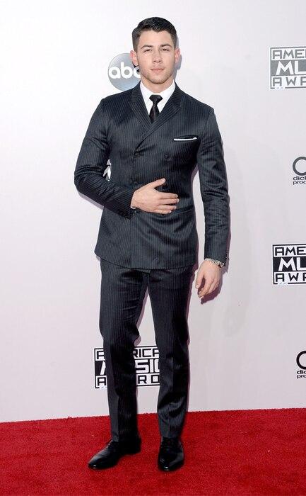 Nick Jonas, American Music Awards 2014