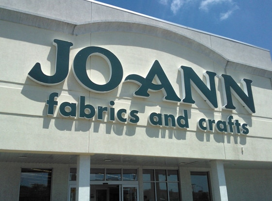 Jo-Ann, Stores that are closed during Thanksgiving