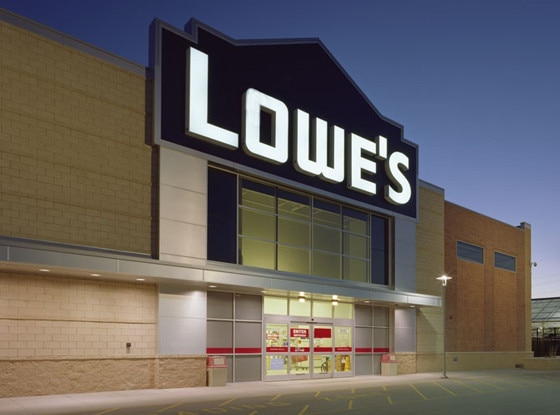 Lowe's, Stores that are closed during Thanksgiving