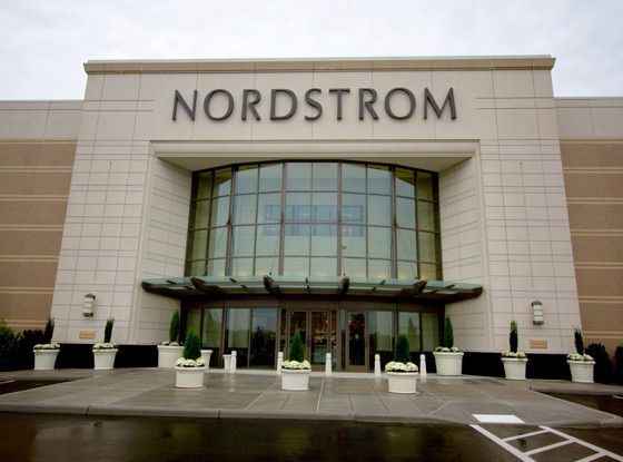 Nordstrom, Stores that are closed during Thanksgiving