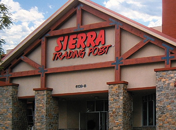 Sierra, Stores that are closed during Thanksgiving