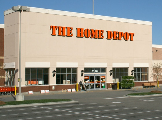 Home Depot, Stores that are closed during Thanksgiving