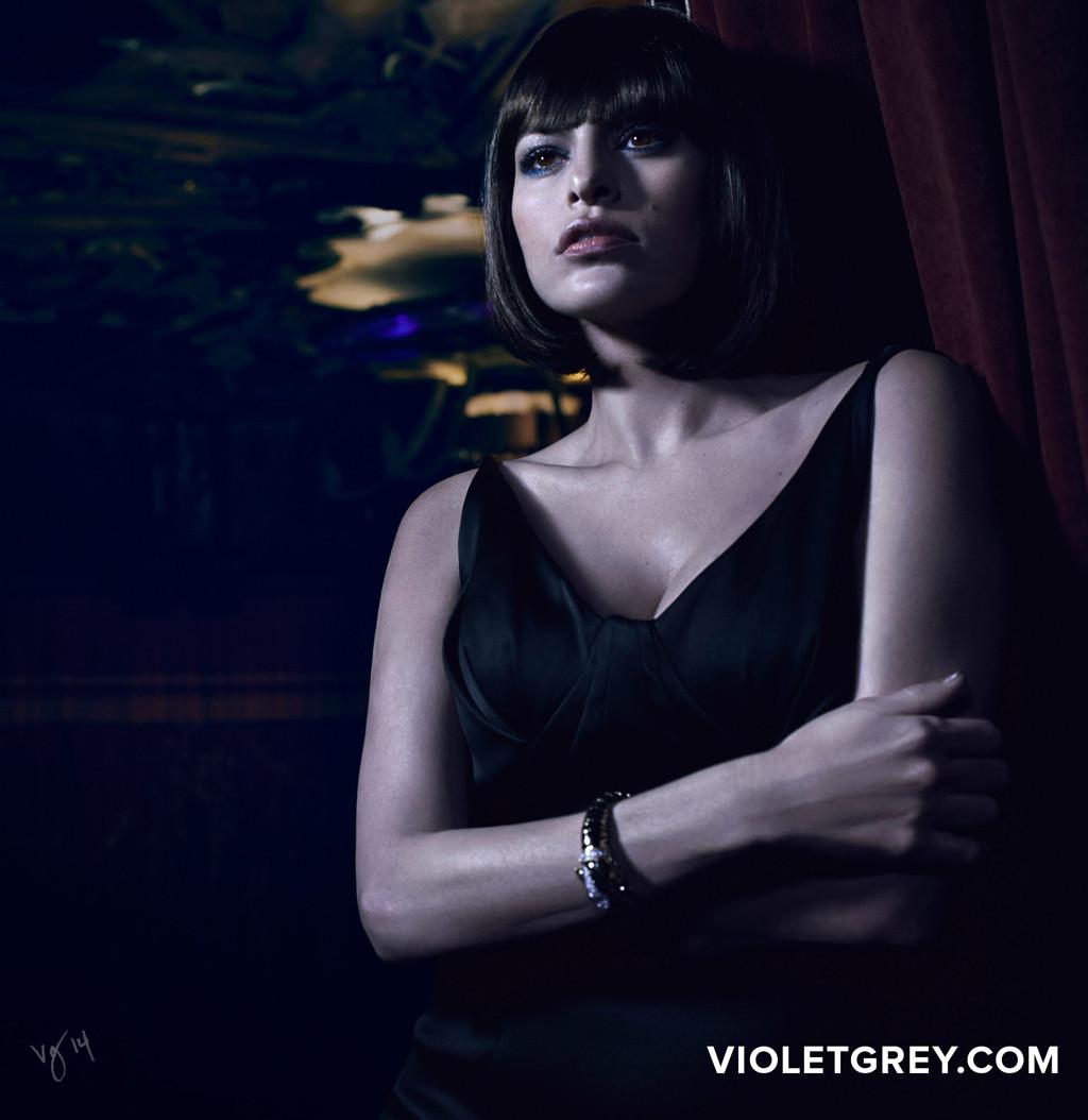 Eva Mendes, Violet Grey