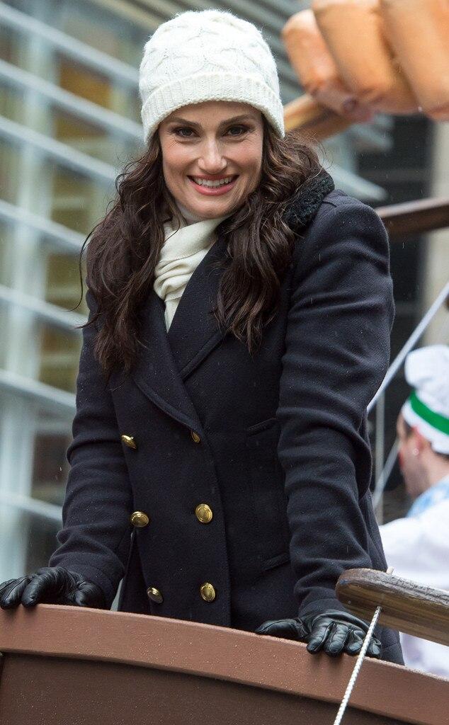 Idina Menzel, Thanksgiving Day Parade