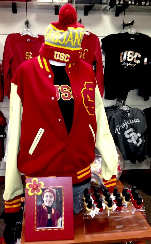 Miley Cyrus, USC