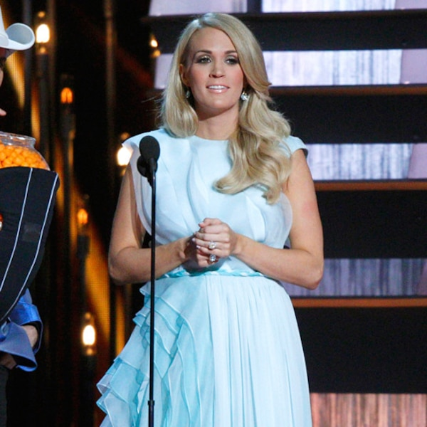 Out Of The Blue From Carrie Underwood S Pregnancy Style