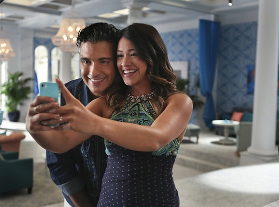 Jane The Virgin, Jaime Camil, Gina Rodriguez
