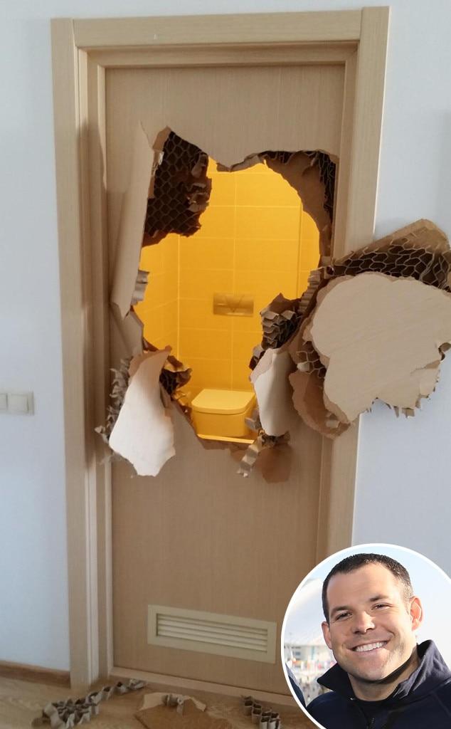 Johnny Quinn, Twitter Door
