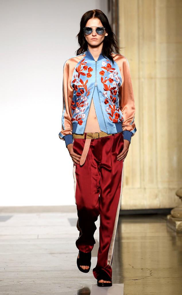 Jonathan Saunders Runway, Model