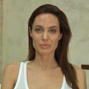 Angelina Jolie, Chicken Pox