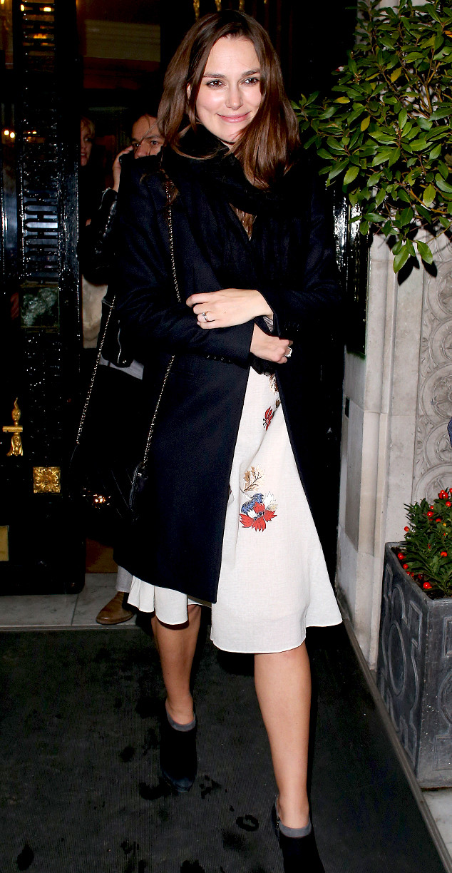 Pregnant Keira Knightley Debuts Her Tiny Baby Bump While ...