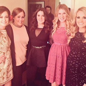 Carrie Underwood, Twitter
