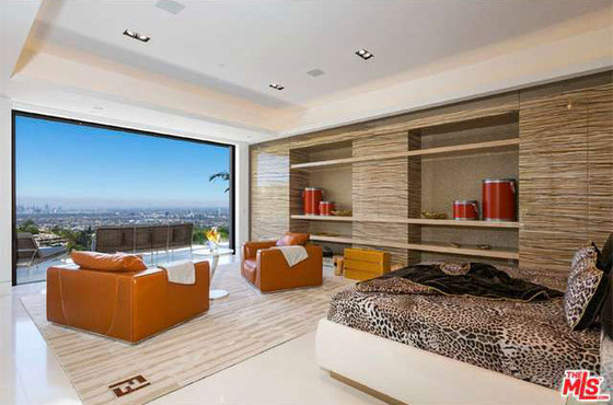 Beyonce, Jay Z, Beverly Hills Mansion