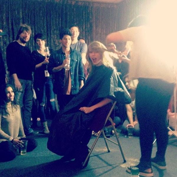Taylor Swift, Cara Delevingne, Instagram
