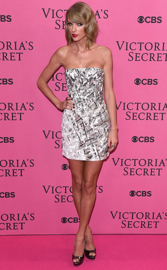 Taylor Swift From 2014 Victoria 39 S Secret Fashion Show E News