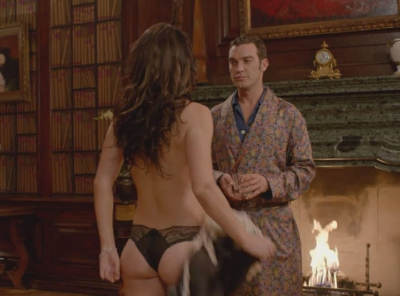 Elizabeth hurley pussy shown in bedazzled adult images