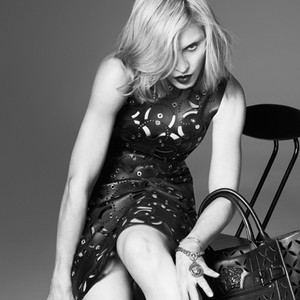 Madonna, Versace