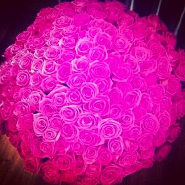 Khloe Kardashian, Instagram, Valentines Day