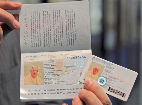 Pope Francis, Passport
