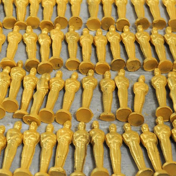 Oscar statuette chocolates