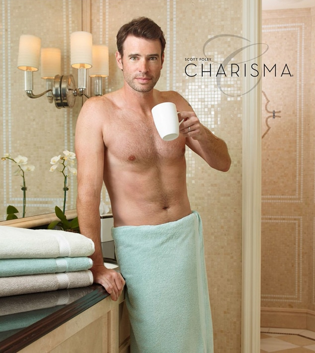 Scott Foley, Charisma