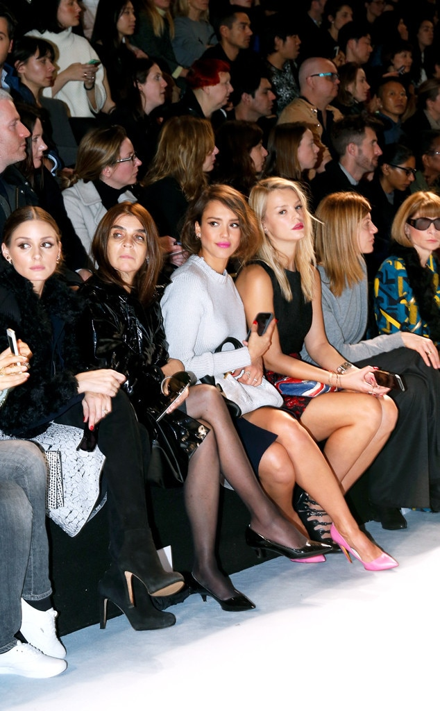 Olivia Palermo, Carine Roitfeld, Jessica Alba, Kelly Sawyer, Anna Wintour, Paris Fashion Week