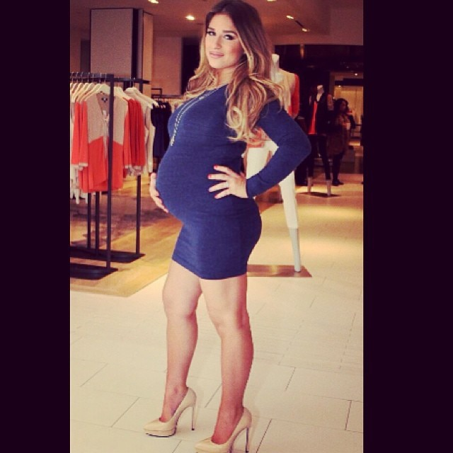 @jessiejamesdecker from Jessie James Decker's Hottest Pics