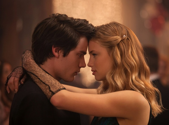 Lucy Fry, Dominic Sherwood, Vampire Academy