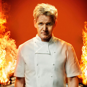 hell 39 s kitchen first look gordon ramsay teases the toughest season ever watch him lose his. Black Bedroom Furniture Sets. Home Design Ideas