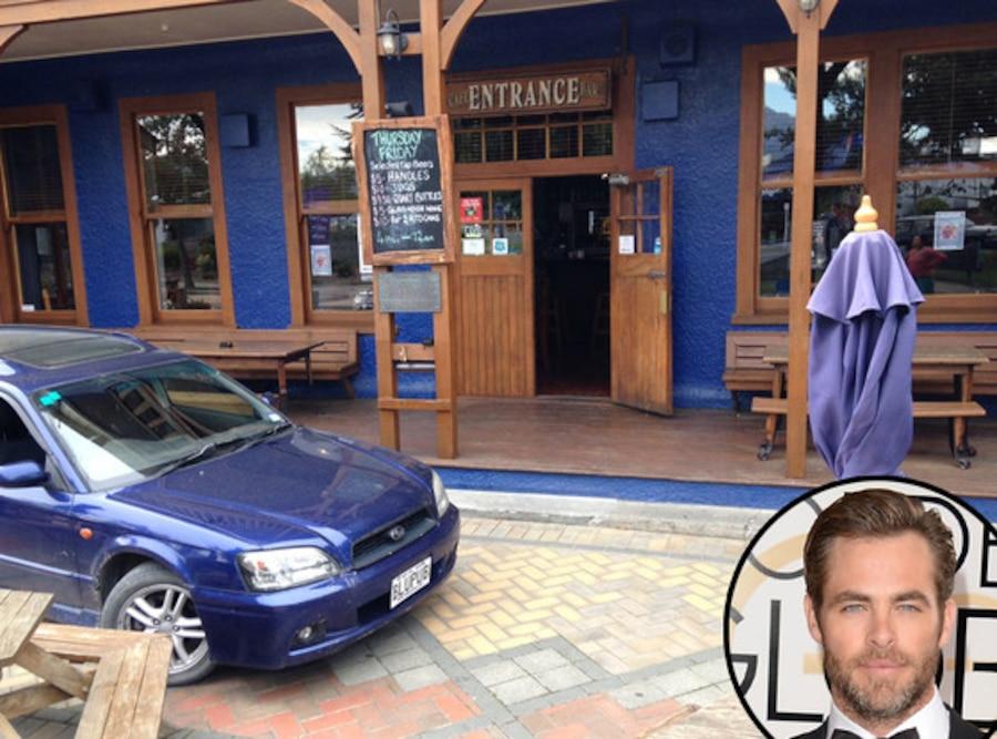 Chris Pine, Blue Pub