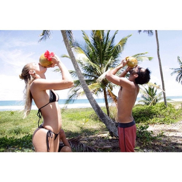 Candice Swanepoel, Instagram, Bikini