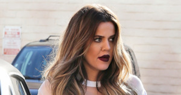 Khlo 233 Kardashian Wears Explicit Shirt While Getting A Manicure With Kim Kardashian See The Pic