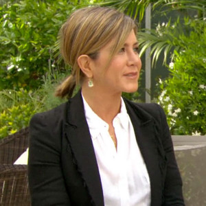 Jennifer Aniston Reveals Her Best Beauty Advice, Shares Diet Tips—Watch the Video!