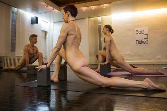 NAKED YOGA : Studio in New York Offers Co-Ed, Nude