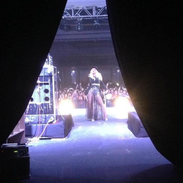 Christina Aguilera Twitter