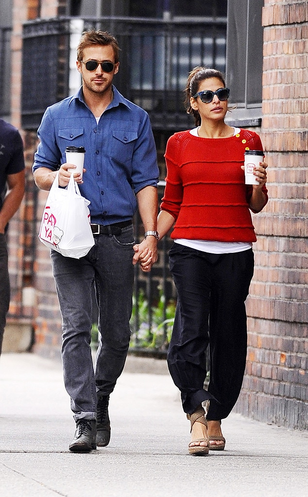 Eva Mendes and Ryan Go...
