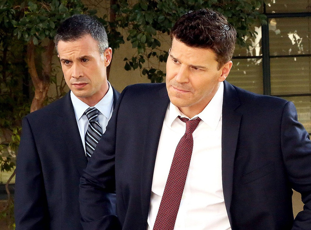 Bones, Emily Deschanel, David Boreanaz, Freddie Prinze, Jr.